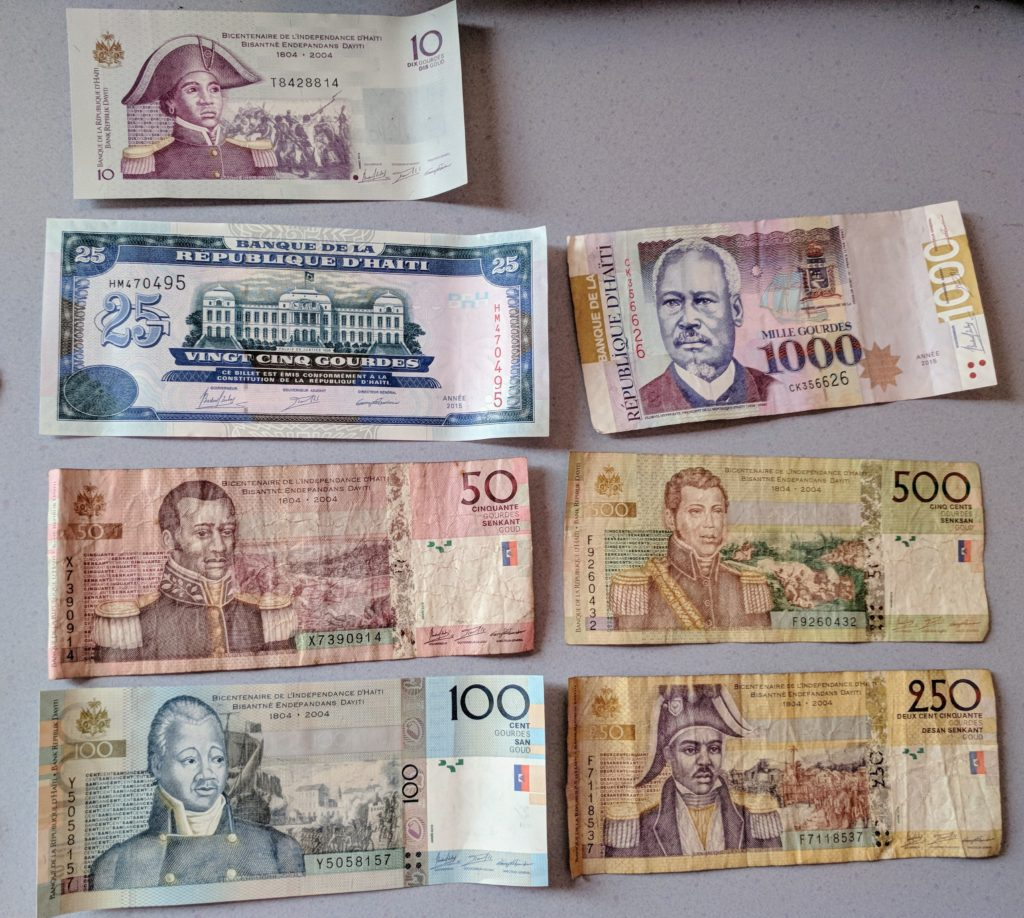 bills of haitian gourde